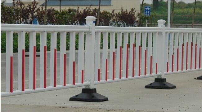 南宁道路护栏供应商锌钢护栏规格参数