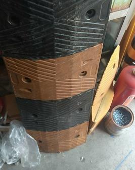 柳州减速带橡胶减速带批发价
