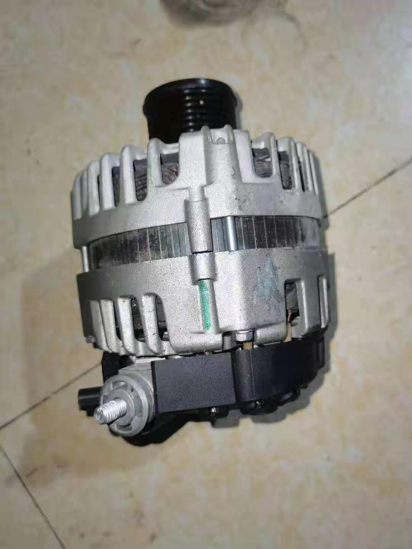供应原装沃尔沃XC90沃尔沃XC60发电机拆车件