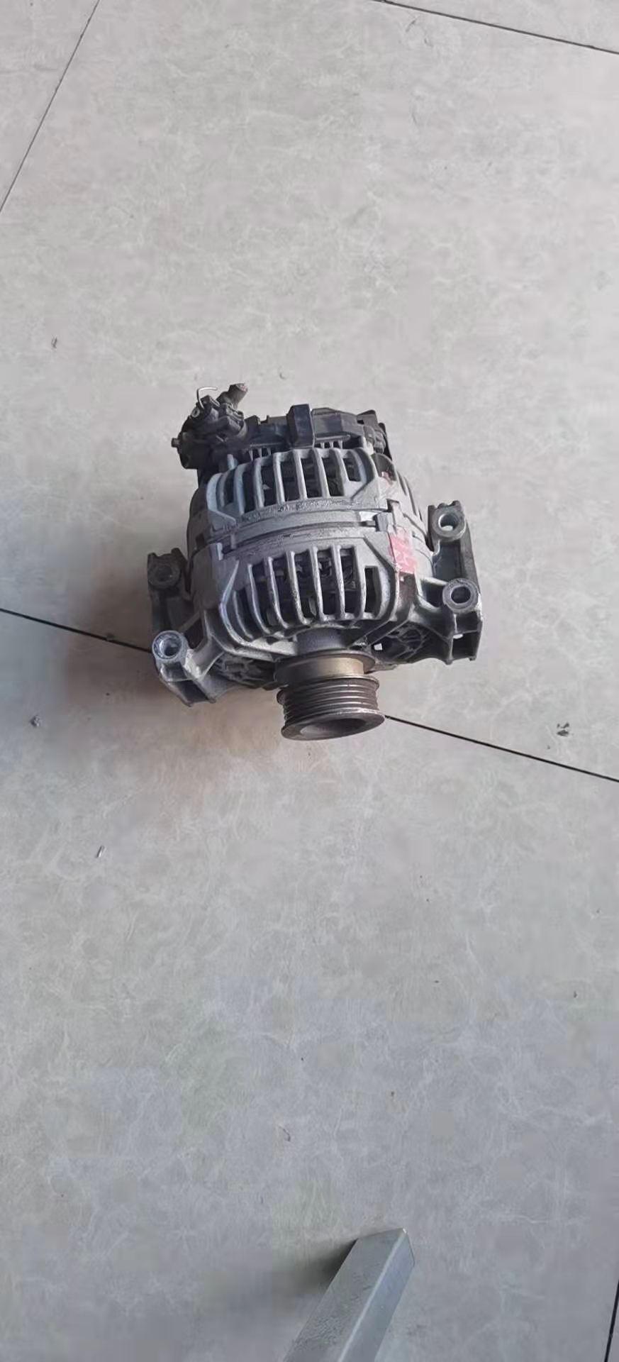 原装沃尔沃V40沃尔沃S40发电机拆车件