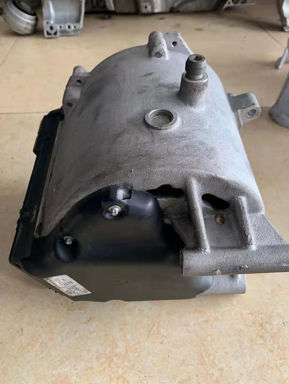 奔驰S400发电机 空调泵 ABS泵原装拆车件